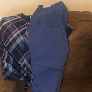 Maurices size 18 beautiful blue color ankle jeans